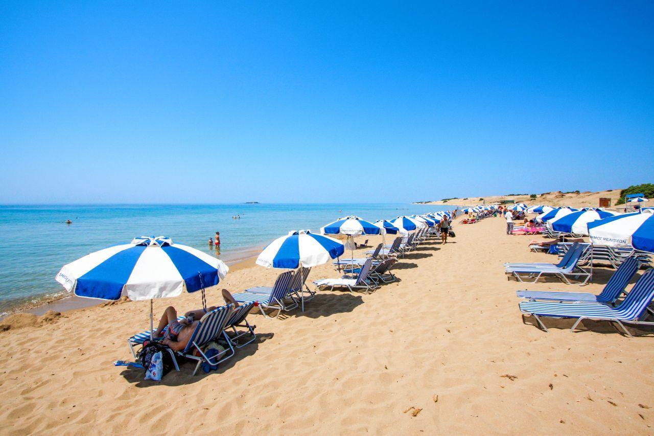 issos-beach